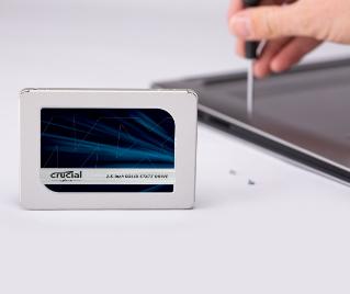 500 GB CT500MX500SSD1 SSD MX500